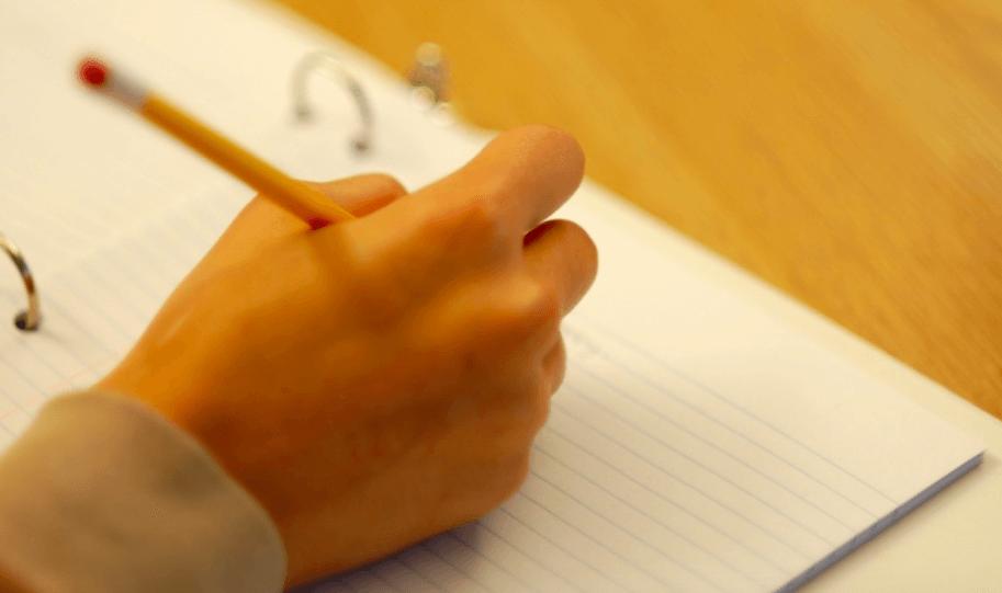 学生の国語の記述問題や作文の勉強方法